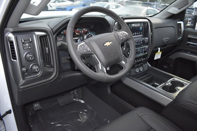 2019 Silverado 2500 Crew Cab 4x4,  Pickup #95513 - photo 7