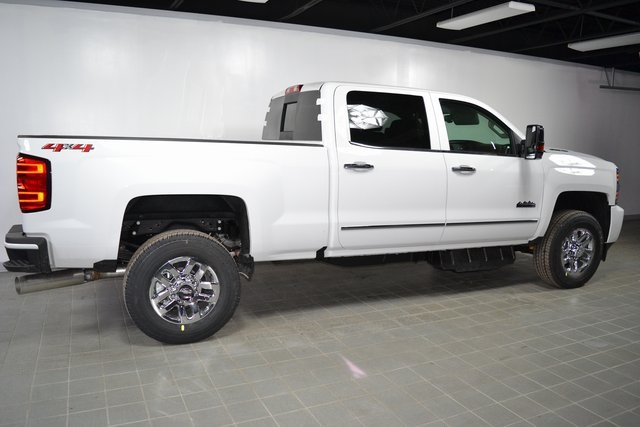 2019 Silverado 3500 Crew Cab 4x4,  Pickup #95866 - photo 23