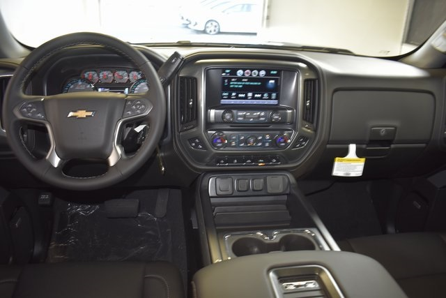2018 Silverado 1500 Crew Cab 4x4,  Pickup #95966 - photo 15