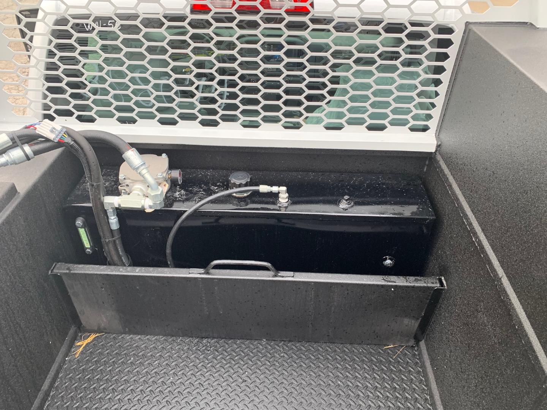 2019 Silverado 5500 Regular Cab DRW 4x4, Knapheide Crane Body #97532 - photo 17