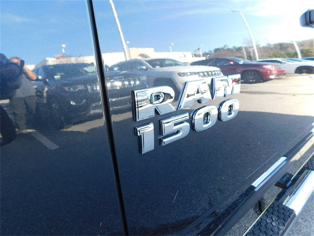 2018 Ram 1500 Crew Cab, Pickup #DTR15103 - photo 10