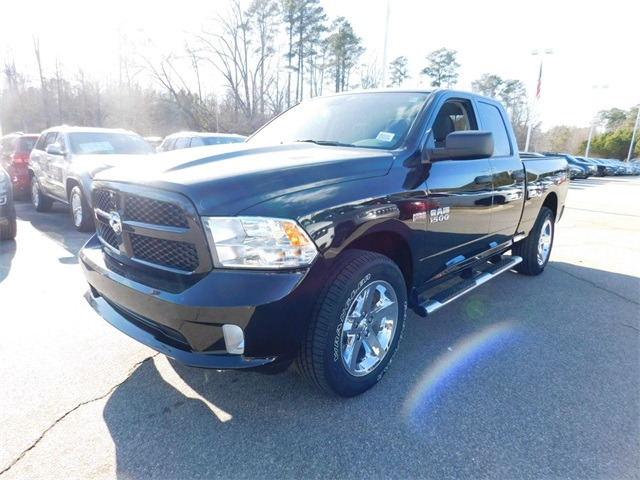 2018 Ram 1500 Quad Cab 4x4,  Pickup #DTR34759 - photo 7