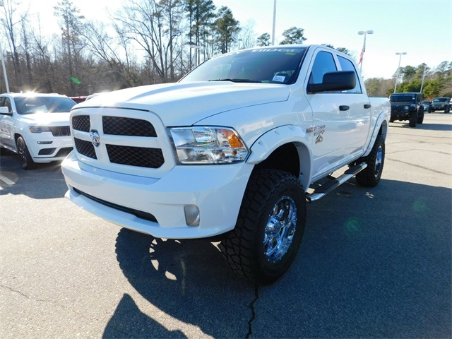 2018 Ram 1500 Crew Cab 4x4,  Pickup #DTR37633 - photo 7