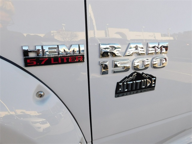 2018 Ram 1500 Crew Cab 4x4,  Pickup #DTR37633 - photo 10