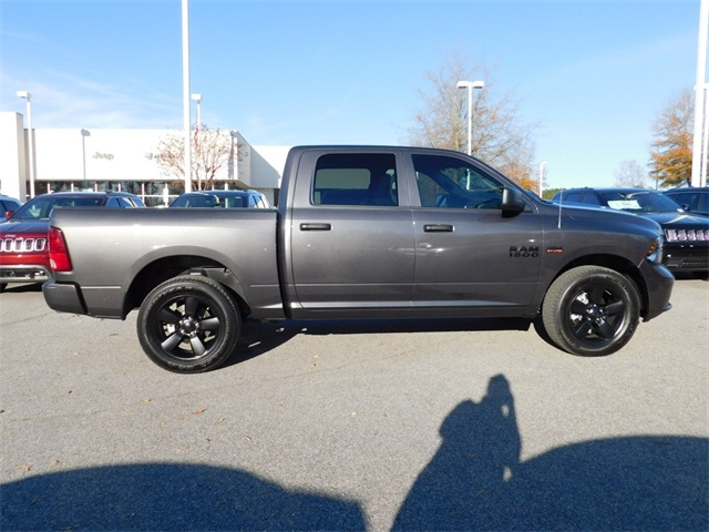 2018 Ram 1500 Crew Cab 4x4,  Pickup #DTR42423 - photo 3