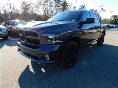 2018 Ram 1500 Crew Cab 4x4,  Pickup #DTR42423 - photo 7