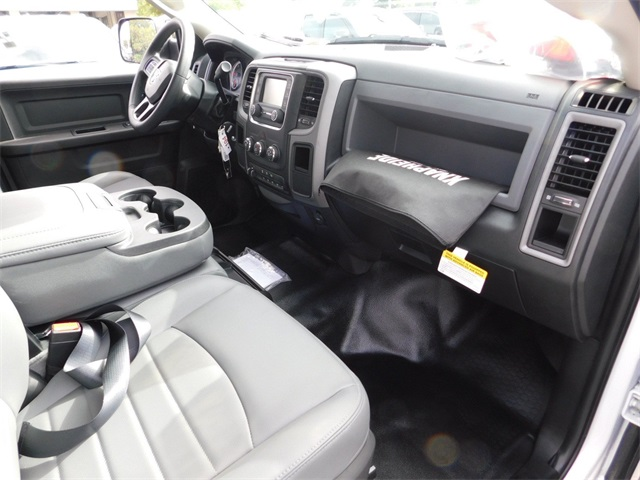 2018 Ram 3500 Crew Cab DRW 4x2,  Knapheide Service Body #R06274 - photo 35