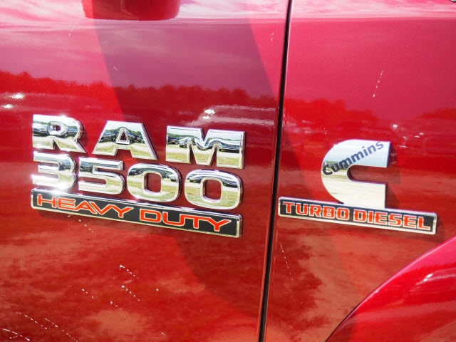 2018 Ram 3500 Crew Cab DRW 4x4 Pickup #R11751 - photo 4