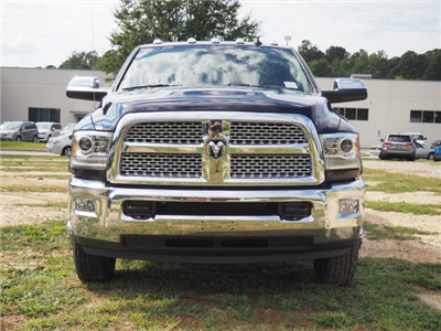 2018 Ram 3500 Crew Cab DRW 4x4 Pickup #R11752 - photo 3