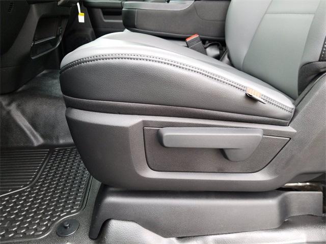 2019 Ram 5500 Regular Cab DRW 4x2, PJ's Platform Body #R15099 - photo 16