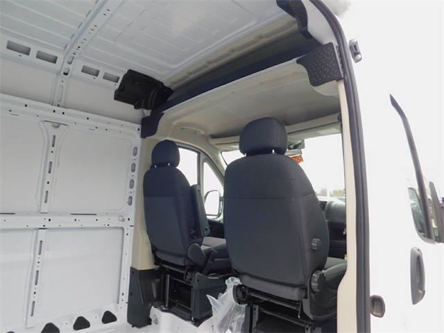 2018 ProMaster 1500 High Roof FWD,  Empty Cargo Van #R18664 - photo 30