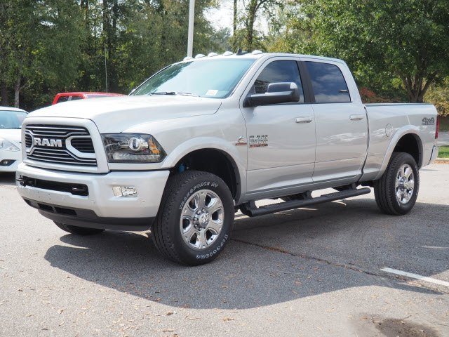 2018 Ram 2500 Crew Cab 4x4 Pickup #R21017 - photo 4