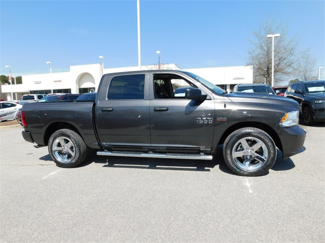 2018 Ram 1500 Crew Cab 4x2,  Pickup #R25368 - photo 3