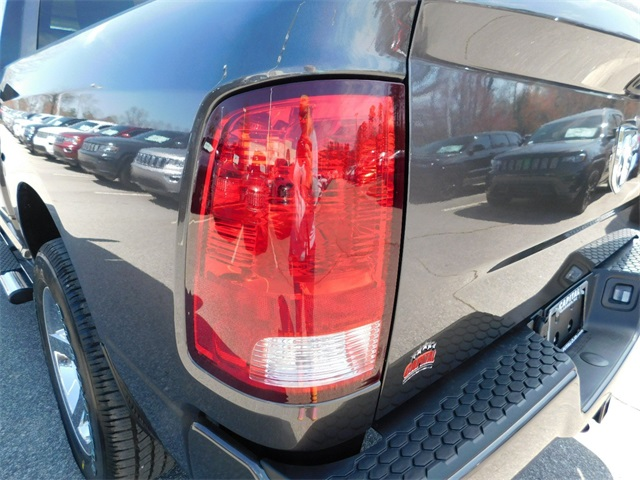 2018 Ram 1500 Crew Cab 4x2,  Pickup #R25368 - photo 31