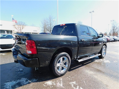 2018 Ram 1500 Crew Cab, Pickup #R25370 - photo 2
