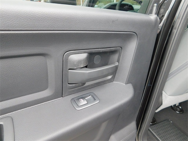 2018 Ram 1500 Crew Cab 4x4,  Pickup #R27313 - photo 24