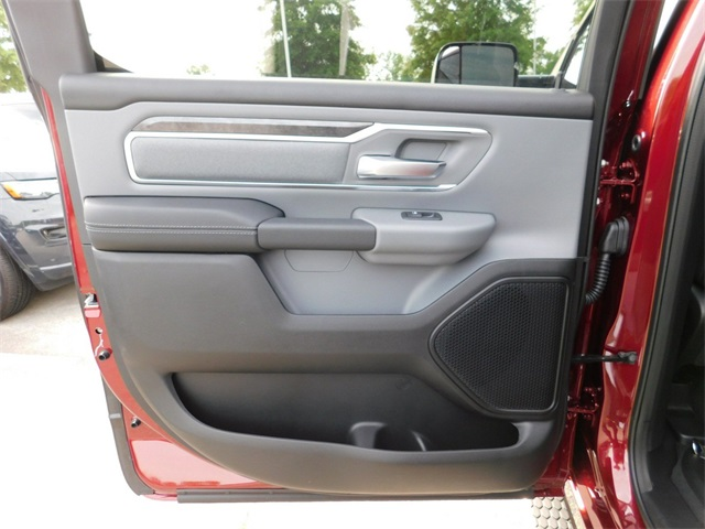 2019 Ram 1500 Crew Cab 4x2,  Pickup #R35491 - photo 24