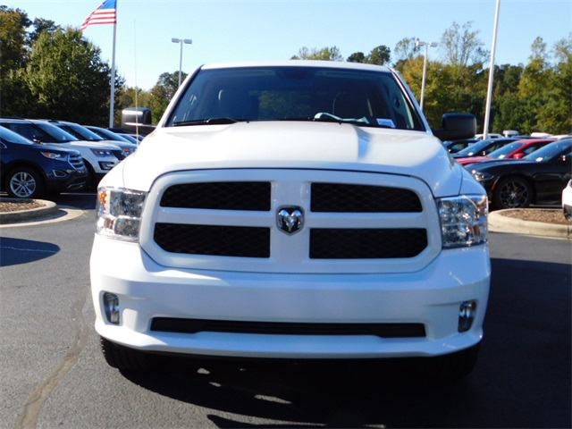 2019 Ram 1500 Crew Cab 4x2,  Pickup #R38909 - photo 10