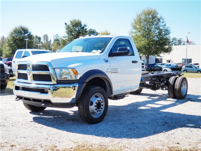 2018 Ram 4500 Regular Cab DRW, Cab Chassis #R39930 - photo 4