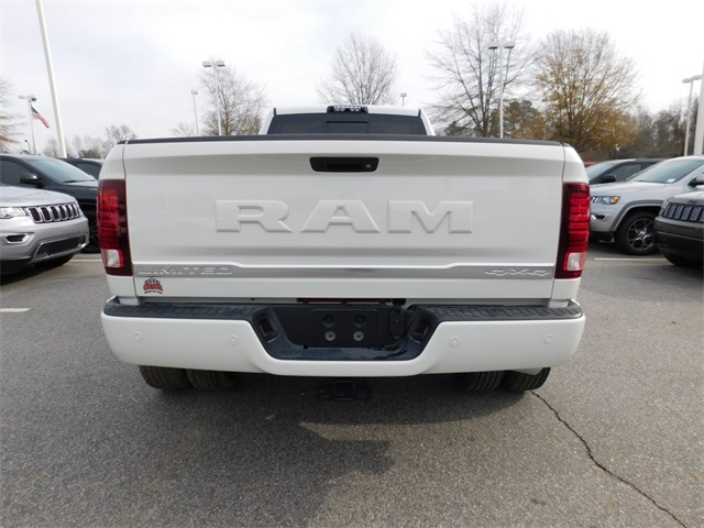2018 Ram 3500 Crew Cab DRW 4x4, Pickup #R46885 - photo 4