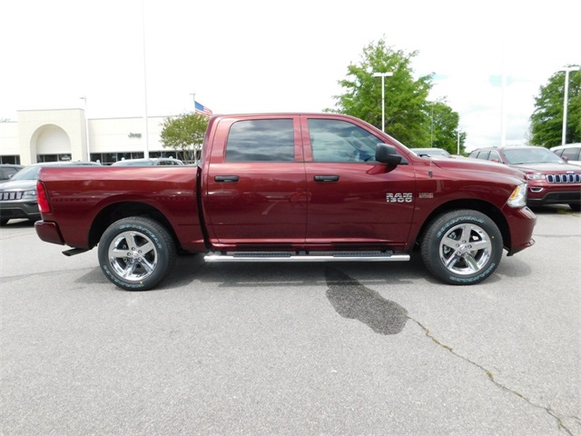 2018 Ram 1500 Crew Cab 4x4,  Pickup #R69870 - photo 3