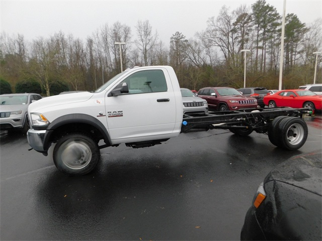 2018 Ram 4500 Regular Cab DRW 4x2,  Cab Chassis #R83242 - photo 6