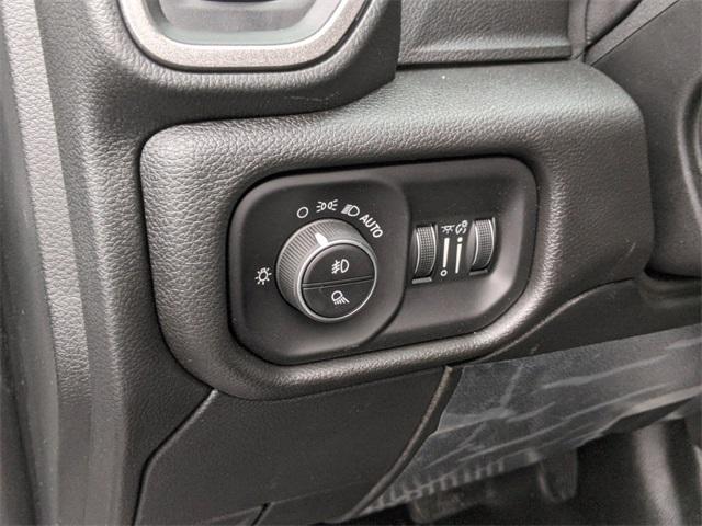 2020 Ram 5500 Crew Cab DRW 4x4, Cab Chassis #R89022 - photo 20