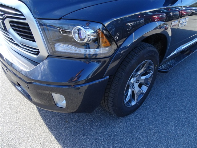 2018 Ram 1500 Crew Cab 4x4, Pickup #R92245 - photo 10