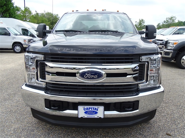 2017 F-350 Crew Cab DRW 4x4, Cab Chassis #67546 - photo 9