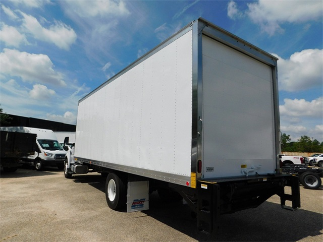 2017 F-750 Regular Cab Dry Freight #67979 - photo 4