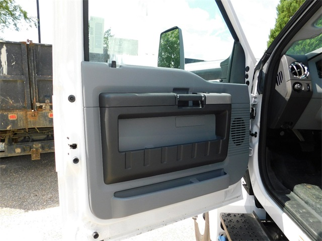 2017 F-750 Regular Cab Dry Freight #67979 - photo 10