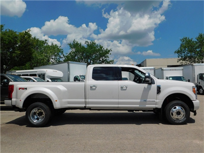 2017 F-350 Crew Cab DRW 4x4 Pickup #68066 - photo 6