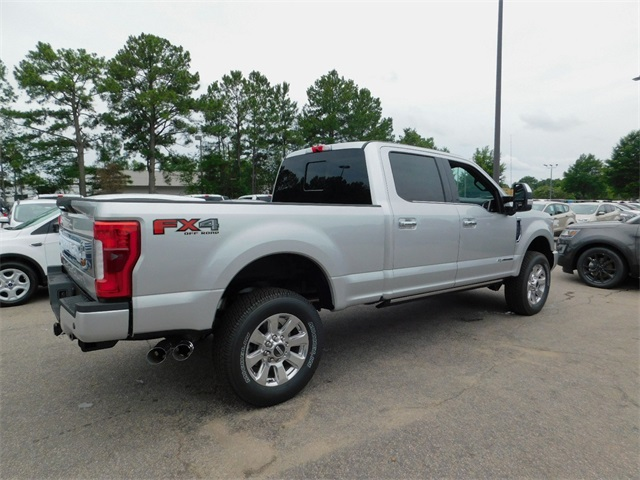 2017 F-250 Crew Cab 4x4 Pickup #68470 - photo 2