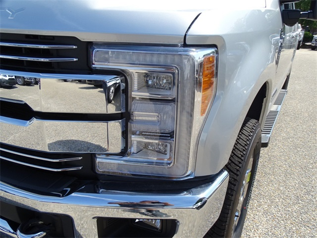 2017 F-250 Crew Cab 4x4, Pickup #68557 - photo 10