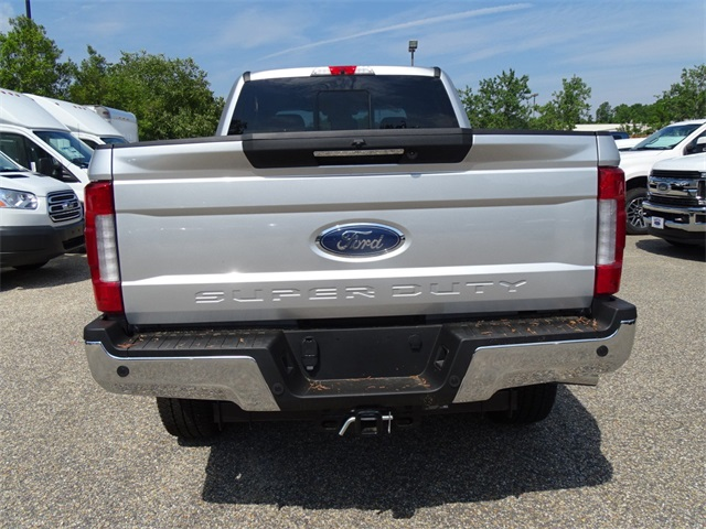 2017 F-250 Crew Cab 4x4, Pickup #68557 - photo 5