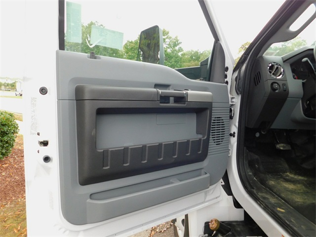 2017 F-650 Regular Cab DRW Dry Freight #69188 - photo 8