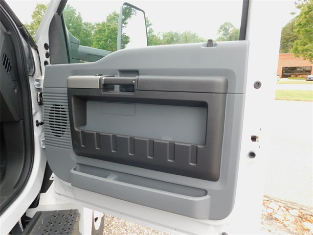 2017 F-650 Regular Cab DRW Dry Freight #69188 - photo 31