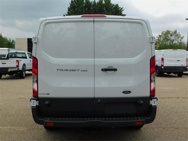 2018 Transit 250, Cargo Van #71365 - photo 5