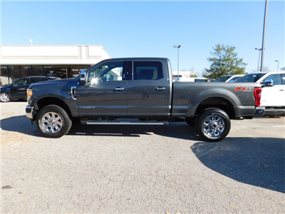2017 F-250 Crew Cab 4x4, Pickup #71853 - photo 6
