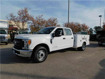 2017 F-350 Crew Cab DRW, Reading Classic II Steel Service Body #71992 - photo 7