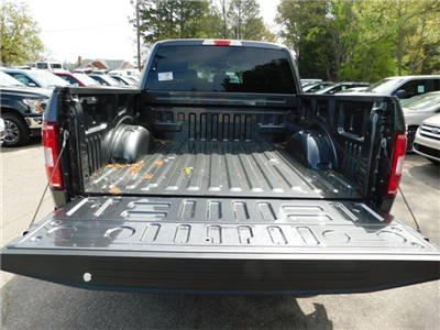 2018 F-150 SuperCrew Cab 4x2,  Pickup #74459 - photo 32