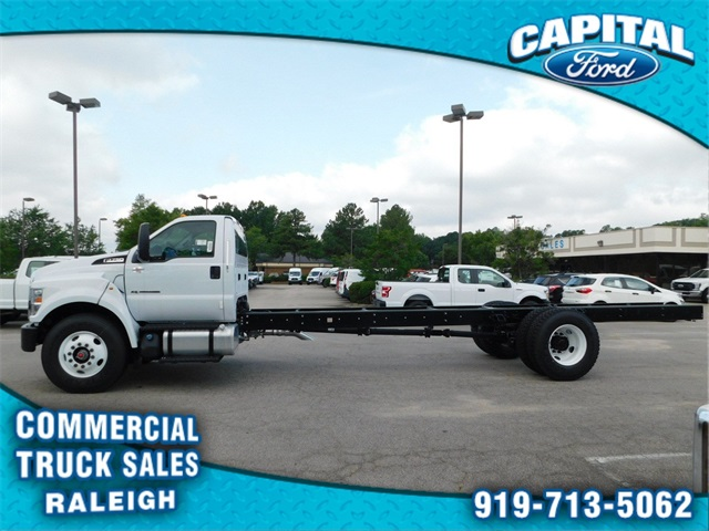 2018 F-750 Regular Cab DRW 4x2,  Cab Chassis #74533 - photo 6