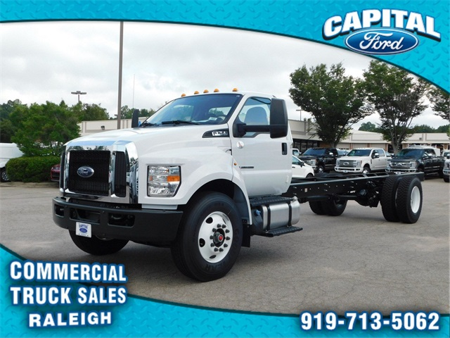 2018 F-750 Regular Cab DRW 4x2,  Cab Chassis #74533 - photo 7