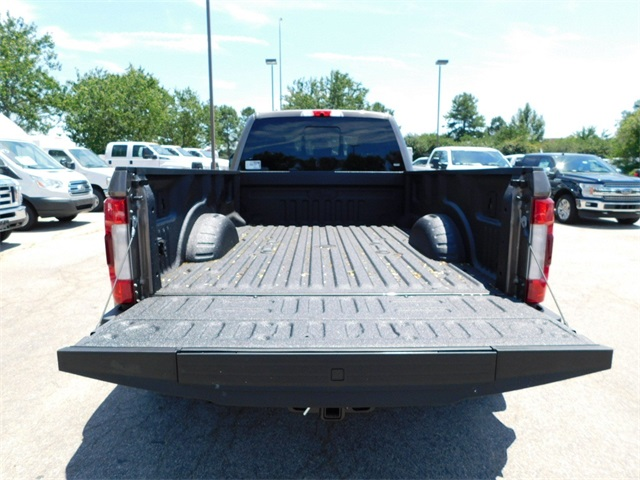 2018 F-350 Crew Cab DRW 4x4,  Pickup #76528 - photo 35