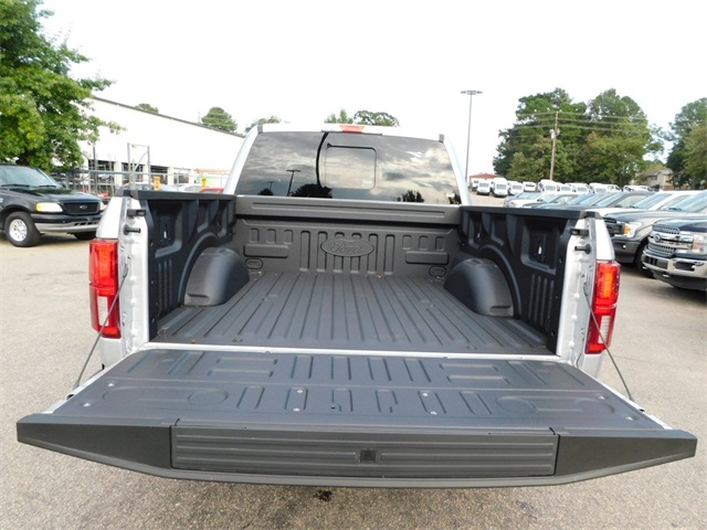 2018 F-150 SuperCrew Cab 4x4,  Pickup #77327 - photo 33