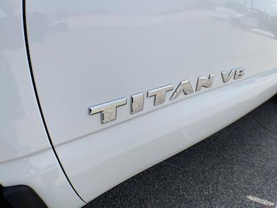 2018 Nissan Titan Crew Cab 4x4, Pickup #AP52095 - photo 3