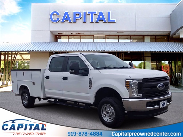 2019 Ford F-250 Crew Cab 4x4, Reading Service Body #85056A - photo 1