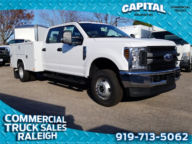 2019 Ford F-350 Crew Cab DRW 4x4, Reading Service Body #CB83680 - photo 1