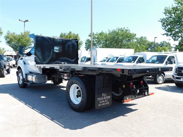 2018 F-750 Regular Cab DRW 4x2,  Platform Body #CC76524 - photo 5