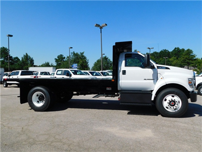 2018 F-750 Regular Cab DRW 4x2,  Platform Body #CC76524 - photo 3